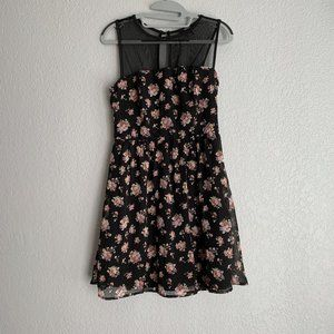 Forever 21 Black Pink Floral Roses Lace Mini Dress